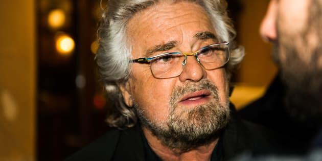 """""""Io amo Genova"""". Beppe Grillo sul disastro: """""""