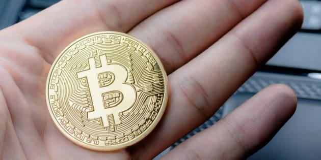 Inarrestabile Bitcoin. Sfonda il muro dei 15 mila dollari