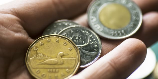 Canadian Dollar Headed For A Tumble As Economy Weakens, Analysts Predict