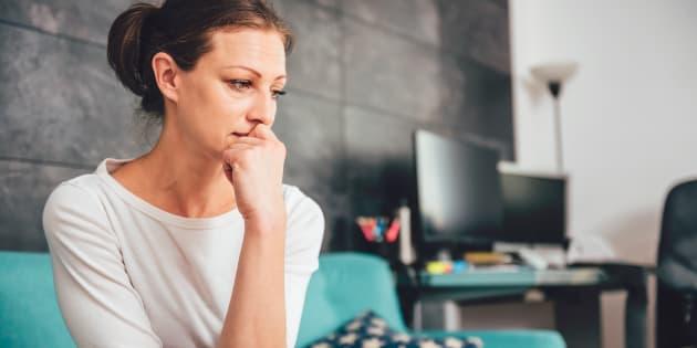 Deplus en plus de personnes - et particulièrementles jeunes (y compris les enfants) - vivent avec des niveaux d'anxiété élevésqui les rendent malades.