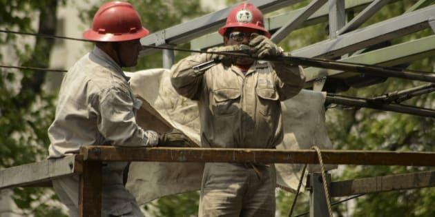 Tasa de desempleo cae a 3.4 %, pero informalidad aumenta a 56.8%: Inegi