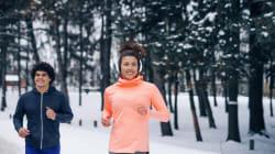 Les astuces et accessoires d'experts pour courir malgré le