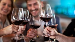 Las copas de vino han duplicado su tamaño desde los 90, te decimos cómo impactan a la