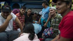 Caravana migrante llega a León, Guanajuato en medio de apoyos a los