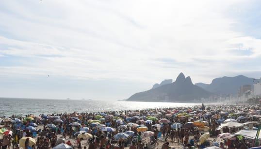 Verão no Brasil terá mais chuvas e temperaturas acima da
