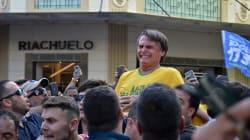 Le candidat d'extrême droite à la présidentielle au Brésil poignardé en plein bain de