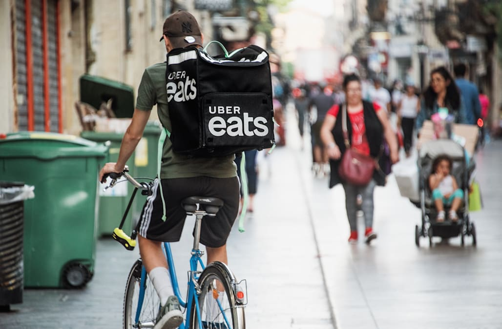 Are your Uber Eats, DoorDash and Postmates delivery drivers munching