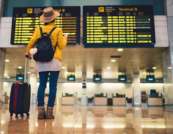 17 ways airports trick you into spending more money