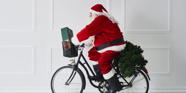 イメージ画像。サンタさんも焦らず安全運転でね!