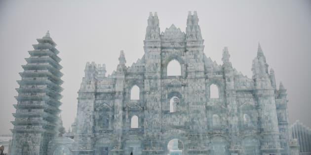 Harbin, le sculture della città di ghiaccio si mostrano al m
