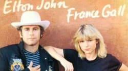Elton John rend hommage à la
