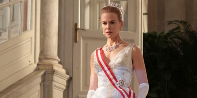 """À l'occasion de l'ouverture du 70e festival de Cannes, tout Le HuffPost est illustré avec des films présentés à Cannes depuis 1946. Ici, l'image est tirée du film """"Grace de Monaco"""", réalisé par Olivier Dahan. Il a ouvert le festival de Cannes 2014 et été présenté Hors-compétition cette même année."""