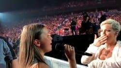 Cette fan de 12 ans a volé la vedette à Pink en plein