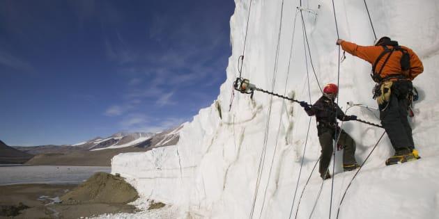 Iniziano i lavori di  Ice-ClimaLizers  |  il laboratorio 25 metri sott' acqua per