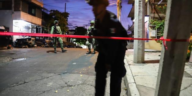 ACAPULCO, GUERRERO, 28JUNIO2018.- El cuerpo de un joven asesinado fue encontrado durante la madrugada en una calle de la colonia Progreso.