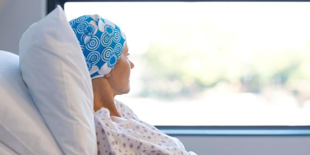 Les personnes qui souffrent d'une maladie grave peuvent bénéficier d'un maximum de 15 semaines de prestations d'assurance-emploi.