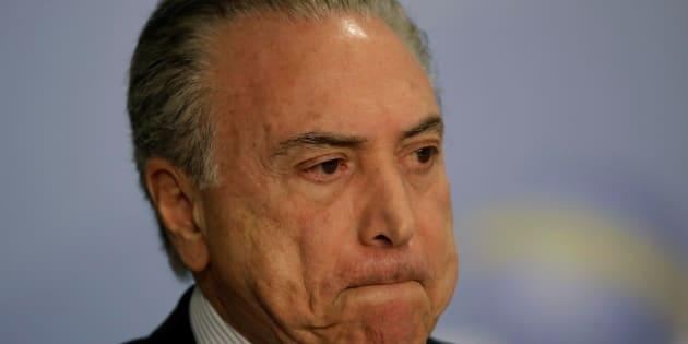Uma pesquisa Datafolha divulgada nesta segunda-feira aponta que 89% dos brasileiros são favoráveis à autorização de abertura de processo contra o presidente Michel Temer
