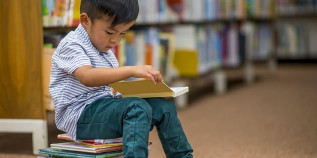 A leitura ajuda no desenvolvimento da criança