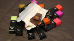 Qu'y a-t-il vraiment dans les chocolats de Noël vendus au supermarché? Un artisan chocolatier nous dit