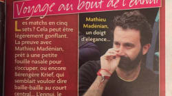 Mathieu Madénian admet sa défaite face à cette photo