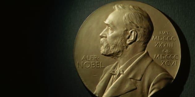 La Academia Sueca suspendió este año la entrega del Premio Nobel de Literatura tras los escándalos de acoso sexual y corrupción financiera en contra de Jean-Claude Arnault, un fotógrafo francés con estrechos vínculos con la entidad.