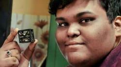Rifath a 18 anni inventa il satellite più leggero del mondo. E la NASA lo lancerà nello