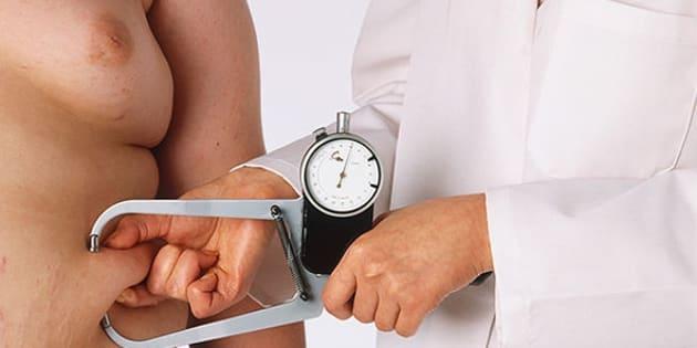 Mais da metade dos brasileiros está com peso acima do recomendado, diz pesquisa do Ministério da Saúde.