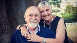 Plusieurs années après sa mort, une femme a réussi à surprendre son mari avec une