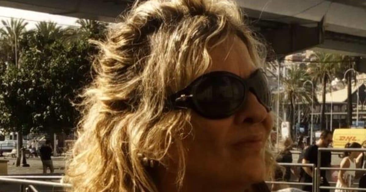Donna soffocata in casa a Milano con un cuscino dopo una lite, il compagno arrestato sulle scale