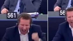La danse de la joie de Yannick Jadot après le vote contre la pêche