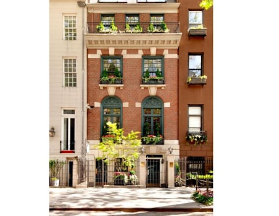 Nobody wants to buy the 'Versailles in Manhattan'