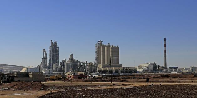 Photo d'archives d'une usine de Lafarge Cement Syria à Jalabiya dans le nord de la Syrie.
