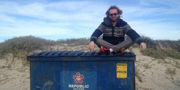 William Reid, étudiant en filière cinéma et médias électroniques à l'American University deWashington,a renoncé à faire des (véritables) courses en août 2014.