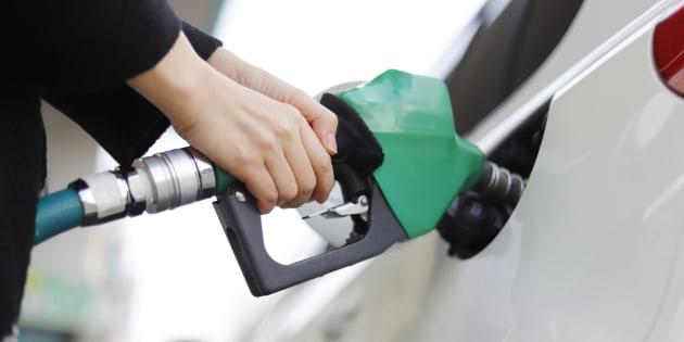 Benzina a 2 euro al litro in autostrada. La conseguenza dell