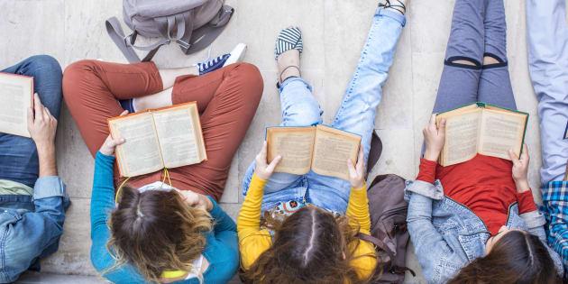 Les jeunes de 15-25 ans lisent pour le plaisir (mais pas seulement)
