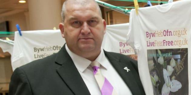 Gb, si uccide ex ministro accusato di molestie