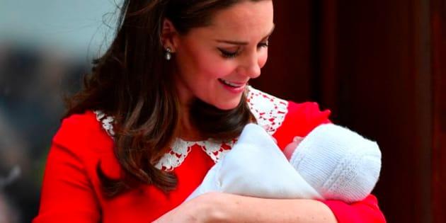 Kate Middleton a-t-elle voulu rendre hommage à ce film d'horreur en optant pour cette robe?