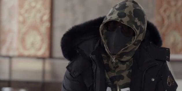 """Kekra le """"sans visage"""" révèle l'origine de son masque."""
