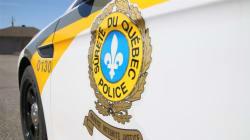 La SQ enquête sur la découverte d'un mort et d'un blessé à