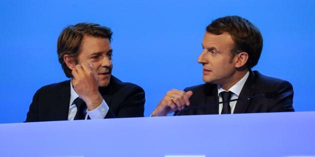 François Baroin et Emmanuel Macron lors du Congrès des maires de France à Paris le 23 novembre 2017.