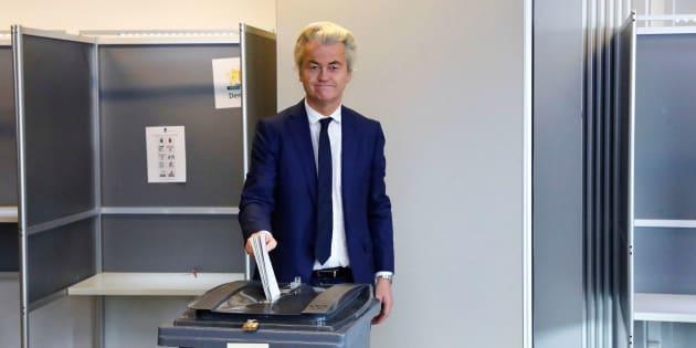 Geert Wilders votant à La Hague le 15 mars 2017.