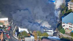 大阪・吹田市のホームセンターで火災 けが人や延焼の情報なし