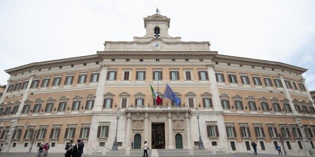 Pil, Di Maio: il calo colpa manovra insipida di Gentiloni