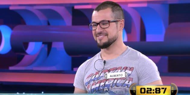 Ce participant à un jeu télévisé espagnol se souviendra longtemps de son premier passage à la télévision.
