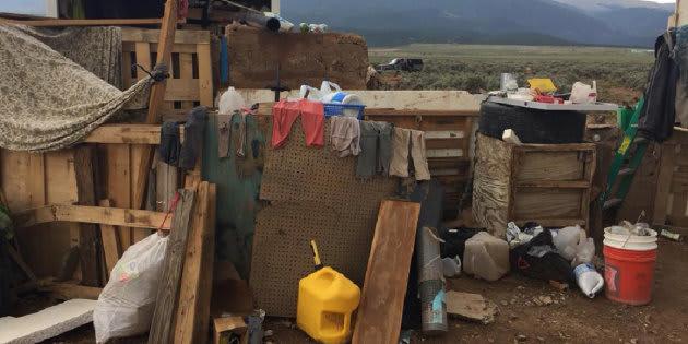 """Le """"complexe de fortune"""" dans lequel ont été retrouvés les enfants à Amalia, au Nouveau Mexique"""