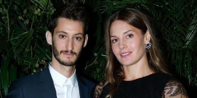 Pierre Niney et sa compagne Natasha Andrews sont devenus parents ce 11 décembre.
