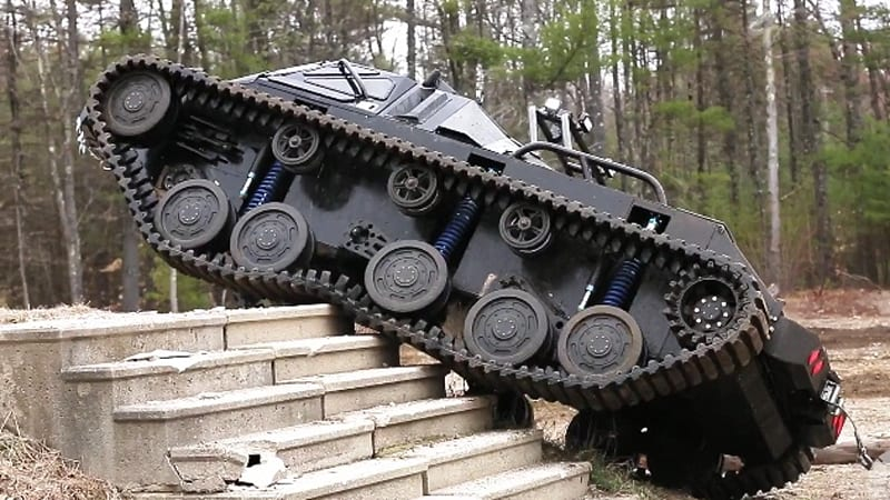 Ripsaw Ev2 For Sale >> Take A Ride In The Ripsaw Luxury Supertank Translogic 218