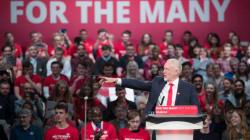 El candidato laborista que le dará una dura batalla a la primera ministra de Reino