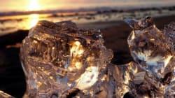 海岸の宝石「ジュエリーアイス」が見ごろ 北海道豊頃町