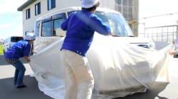 メッシュ生地にフッ素加工...水没しても故障から車を守る防水カバー、10万円でも売れる訳